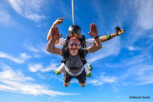 handycam_skydive